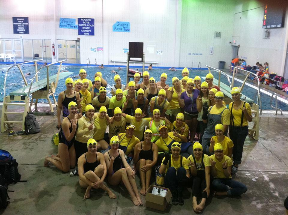 The+girls+Swim+and+Dive+team+dressed+up+as+%27Minions%27+from+Universal+Pictures+%27Despicable+Me%27.+