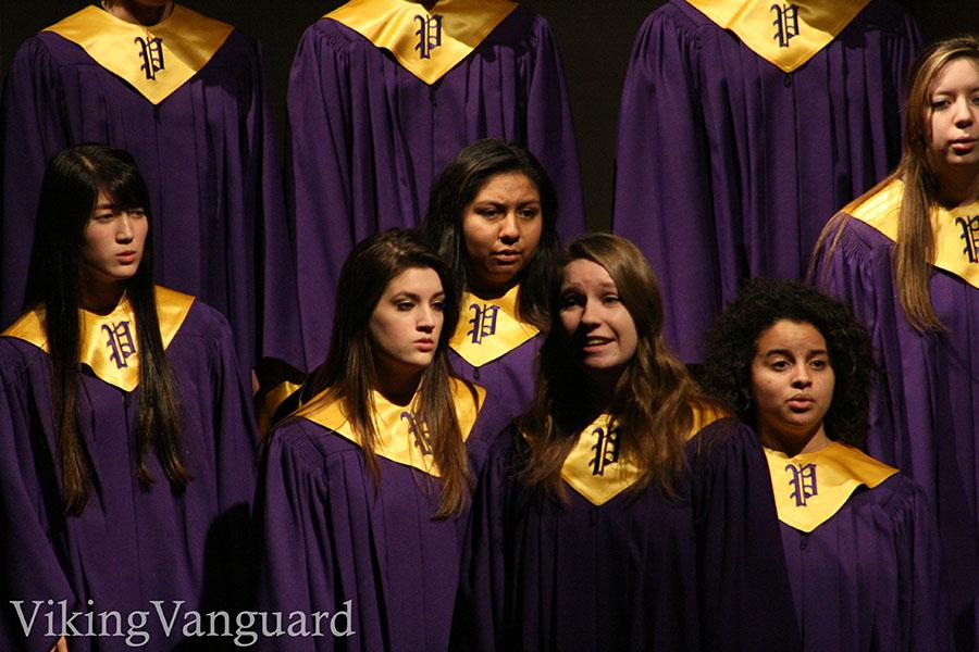 Senior+Elissa+Brown+sings+a+solo+at+the+2014+MLK+Assembly+Jan.+16.+Several+student+groups+participated+in+the+event%2C+which+was+held+in+two+separate+assemblies+for+the+student+body.+PSD+students+had+no+school+Jan.+20+in+observance+of+Martin+Luther+King+Jr.+Day.+