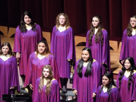 The PHS concert chorus takes the stage. Junior High Schools join Puyallup for a choir concert Jan. 21. Aylen, Edgemont and Kalles junior high schools were all present.