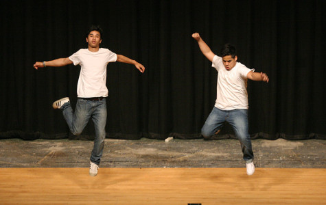 Juniors Gerardo Zaragoza and Antinee Eteaki perform. The Viking Varieties talent show was held April 9 in the auditorium.