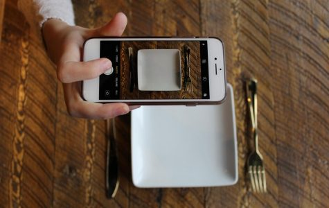 Social Media Influences Eating Disorders